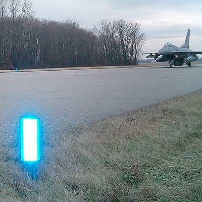 L-853 Heliport Retroreflective Markers | AR-100