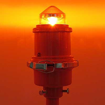 L-810 LED Steady Burning Red Obstruction Light illuminated